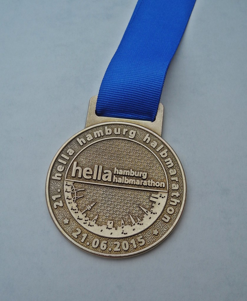 Finisher Medaille 21. Hella Hamburg Halbmarathon
