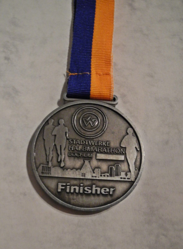 Finisher Medaille Stadtwerke Halbmarathon Bochum