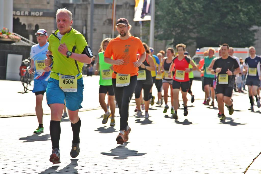 Halbmarathon – Rhein-Ruhr-Marathon Duisburg, 07. Juni 2015: Auf der Strecke
