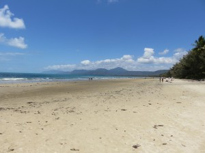 Port Douglas - Four Mile Beach am Vormittag