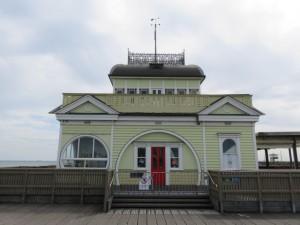 St. Kilda Beach - Pier Haus