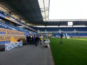 Halbmarathon – Rhein-Ruhr-Marathon Duisburg, 07. Juni 2015: MSV Stadion, vor dem Start