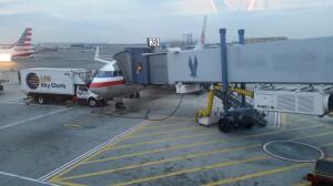 Flughafen JFK New York - der Flieger auf die Bermudas
