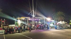 1-Mile-Run - Eröffnungsfeier auf der Front Street, Haupttribüne