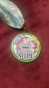 1-Mile-Race - der Lohn für die Arbeit - die Medaille
