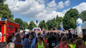 Halbmarathon – 22. hella hamburg halbmarathon, 26. Juni 2016: Der Start zum Halbmarathon