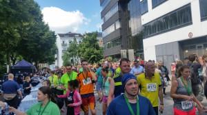 Halbmarathon – 22. hella hamburg halbmarathon, 26. Juni 2016: Im Zielbereich