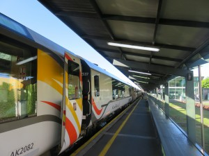 Christchurch - TranzAlpine Zug von Christchurch nach Greymouth