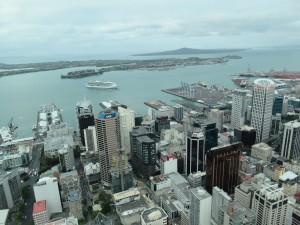 Auckland - Ausblick auf Auckland von der 60. Etage des Sky Tower